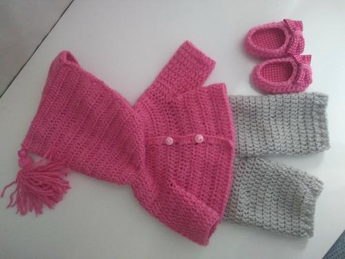 roupinha baby alive de inverno em crochê rosa e cinza