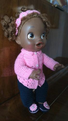 roupinha baby alive de inverno rosa e azul marinho em crochê