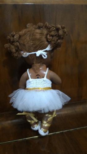 roupinha baby alive em crochê branca e dourada com pedrinhas