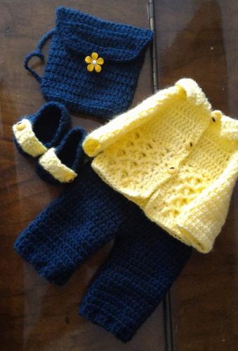 roupinha para baby alive de crochê amarela com mochila