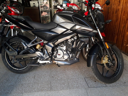rouser 160 impecable  - canje menor valor
