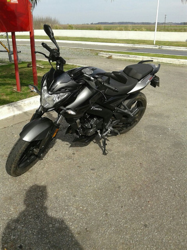 rouser 200 ns impecable!!!