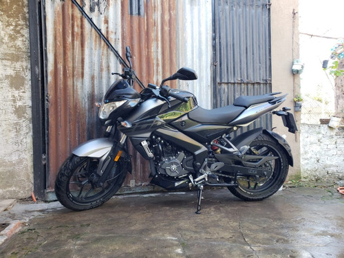 rouser ns 200 impecable casi sin uso