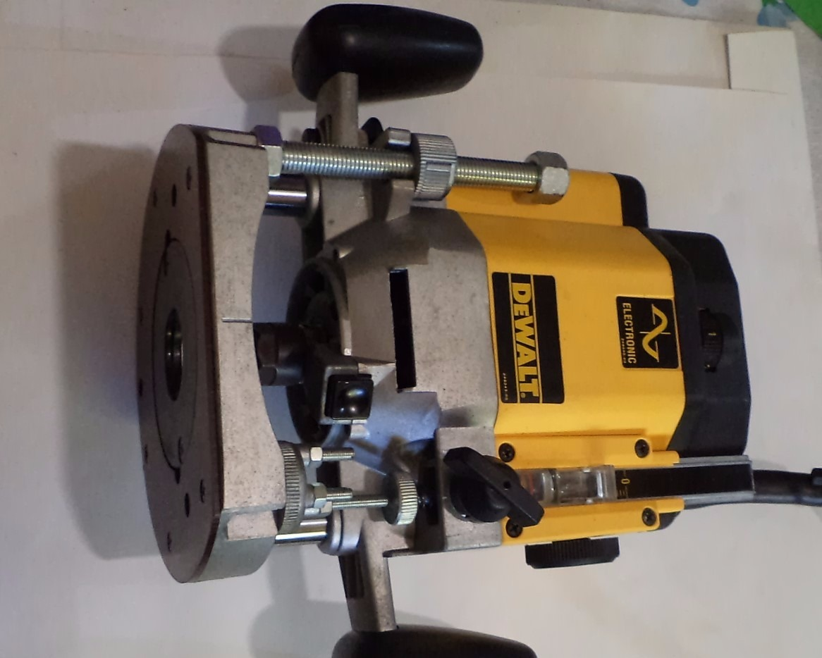 Router table for dewalt dw625 choice image wiring table and dewalt router dw625 best router 2017 building a router table part six wealden tool resources dewalt greentooth Image collections