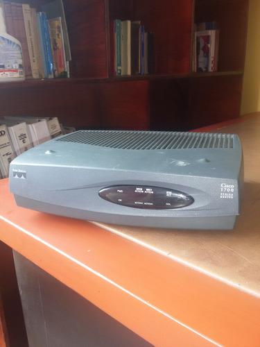 router marca cisco modelo 1721