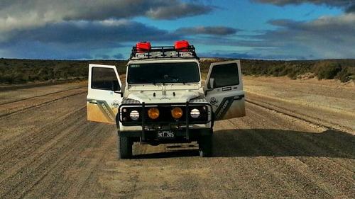 rover defender land