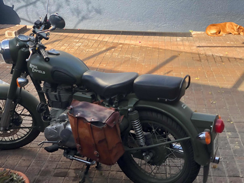 royal enfield battle green classic