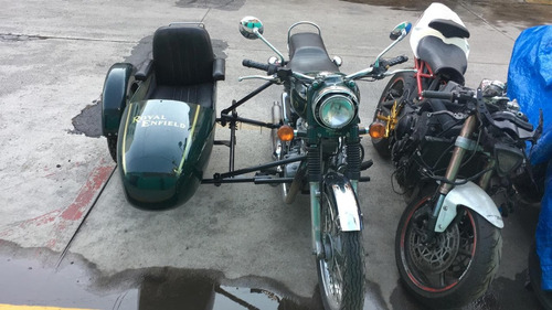 royal enfield bullet 500 con sidecar.