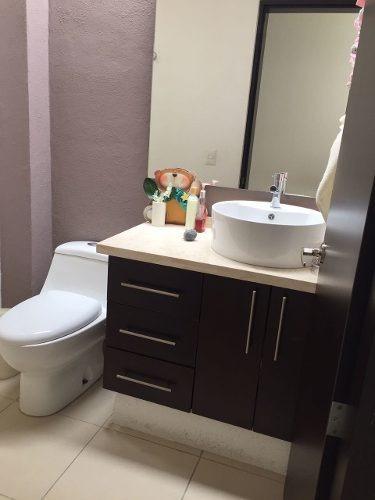 rr- casa recién remodelada en el mirador