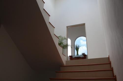 rr-residencia con hermosa vista en renta