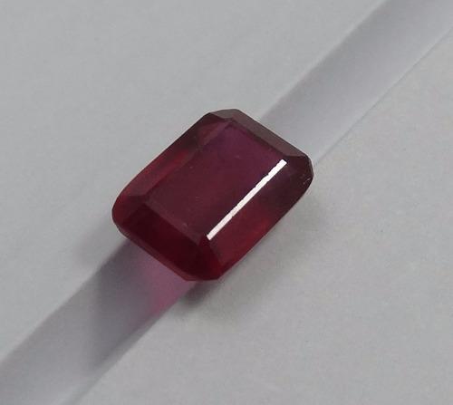 rubi facetado retangular ~ 7,6 x 5,8 mm - preço unitário