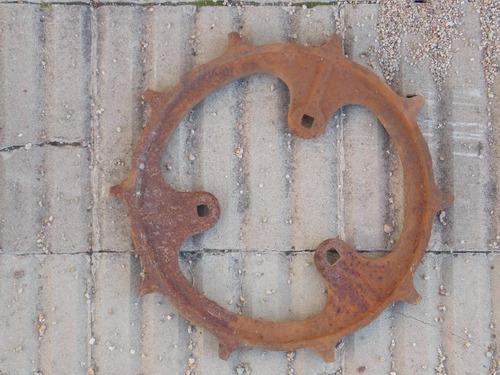 rueda antigua de hierro    26 cms de diametro
