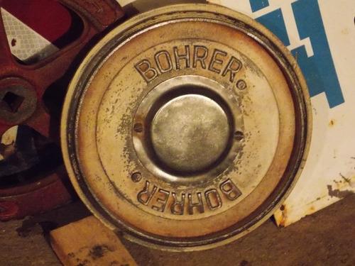 rueda  antigua de hierro