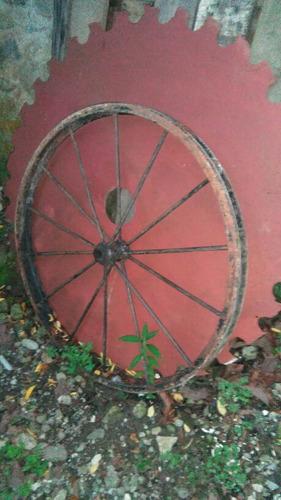 rueda de carreta hierro forjado, grande