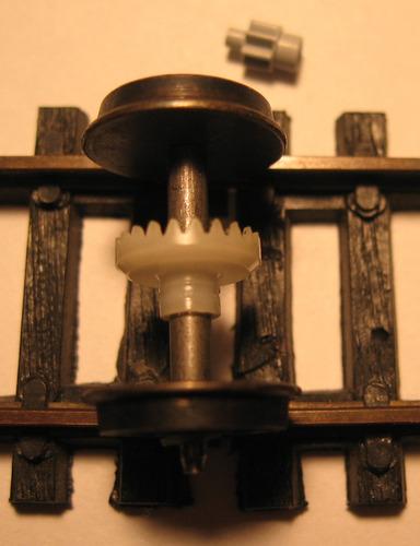 rueda locomotora aislada con corona y piñón n°22 diam.12,5.m