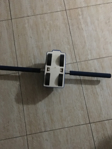 rueda para abdominales deslisarse por el piso 1500