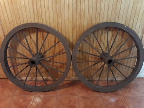 ruedas de carreta antigua