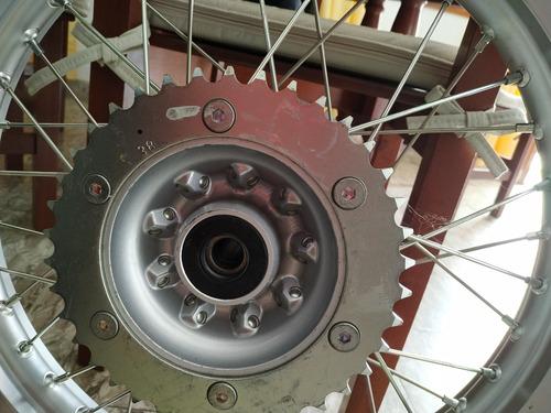 ruedas originales honda tornado