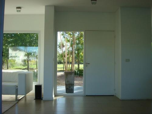 ruta 2 haras 1 - casa 3 dormitorios con piscina.