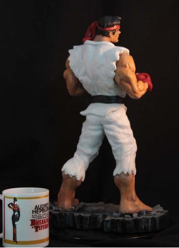 ryu escultura de resina 1/5 40cm