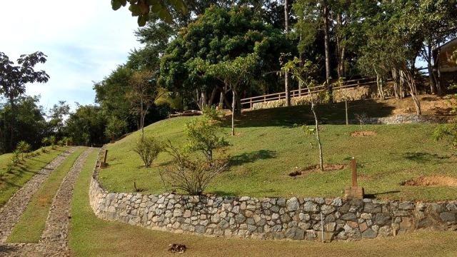 s-4148  belíssimo sitio com acesso asfaltado a 5 minutos do centro - guararema - 1953