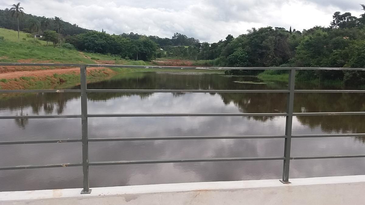 (s) a vista terreno r$90,000 na região de atibaia.