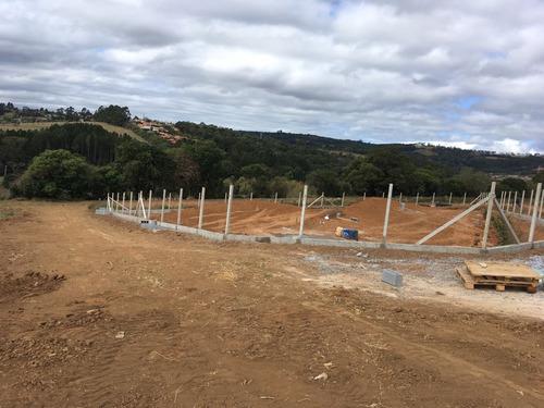 s chácara 1000 m² com portaria, 100% plainos em ibiuna.