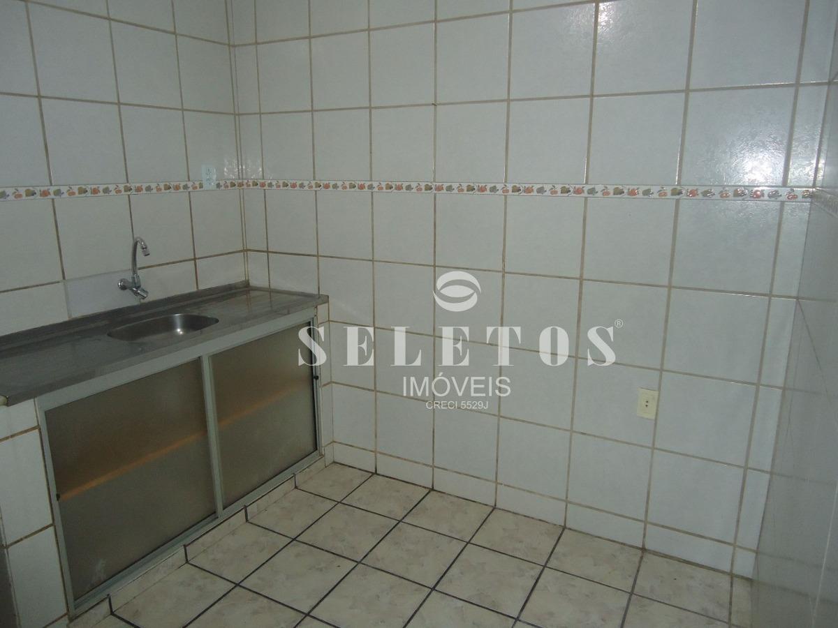 s0296 - casa com 5 quartos à venda, 175 m²