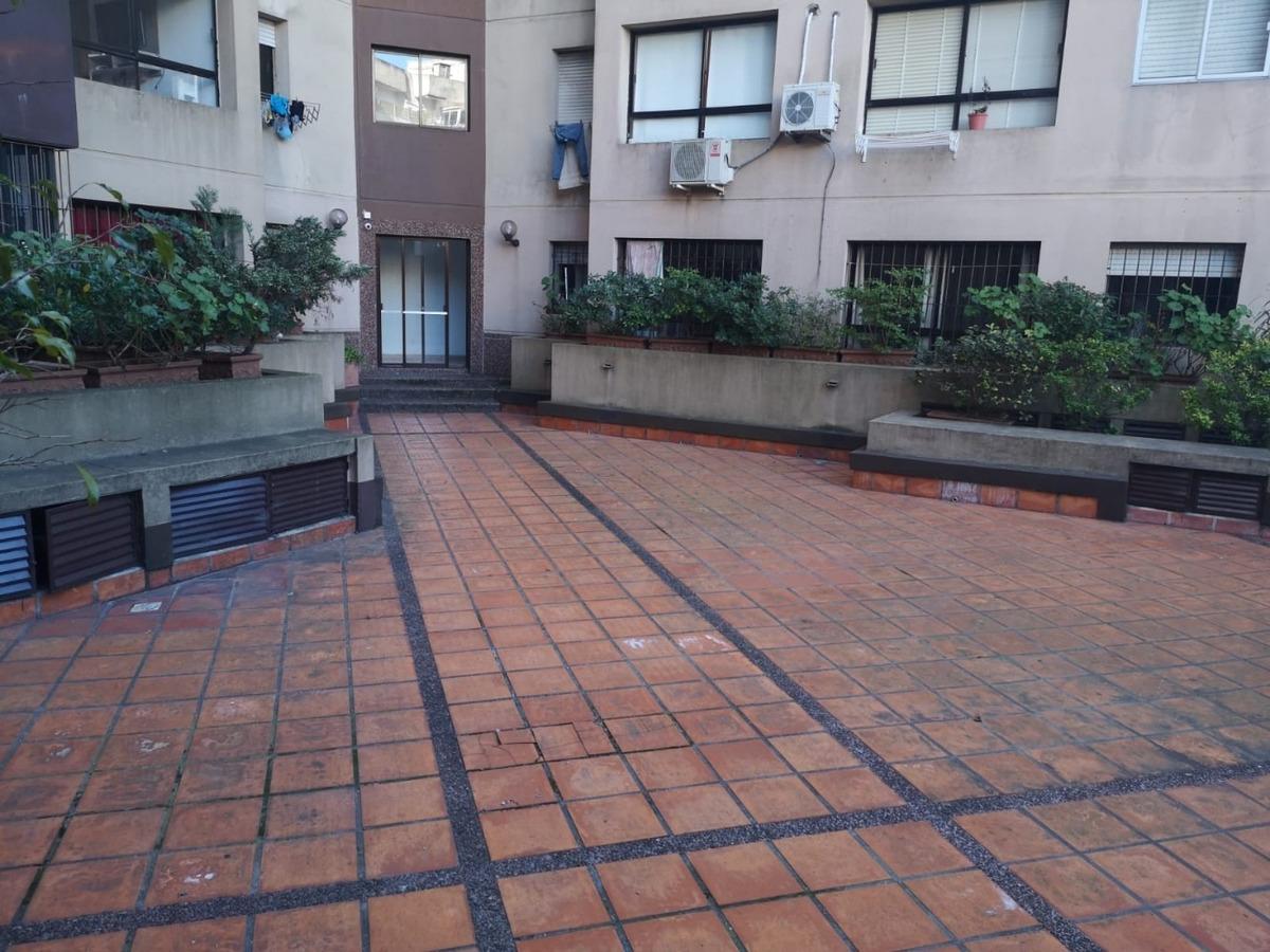 sa- punta carretas 2 dorm 2 banos terraza garage amenities