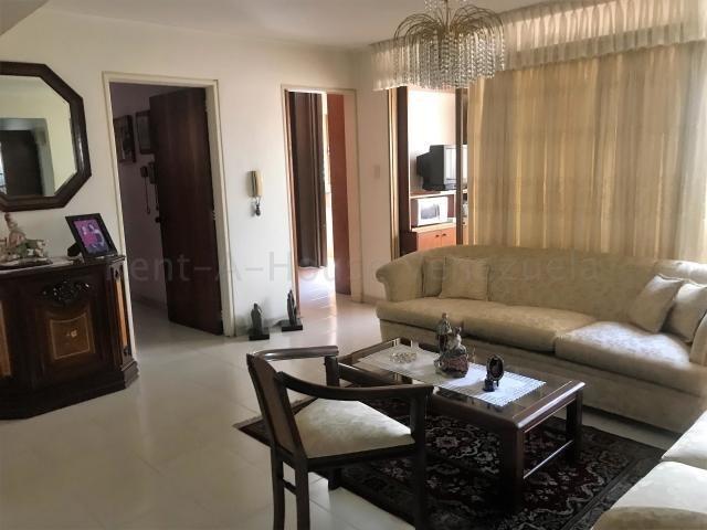 sabana grande apartamento en venta 20-9522