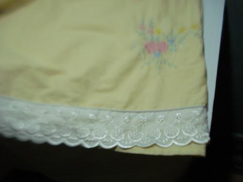 sabana punta bordada y decorado 2.40 x 2 ( usado)