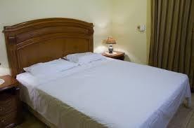 sabanas   blancas. para hotel,clinicas  y  posadas,.