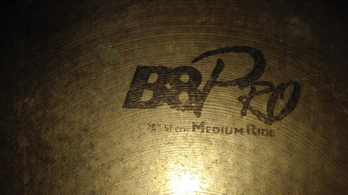 sabian 20  medium ride.en estado excelente.