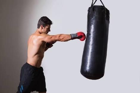 saco de box nacional de 1.50m con relleno y cadena