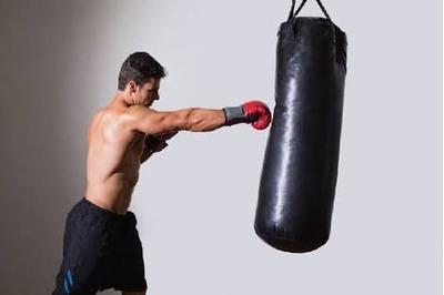 saco de box  nacional everlast de 1m con relleno y cadena