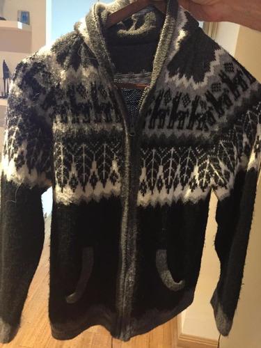 saco de mujer color negro y gris de lana con capucha talle m