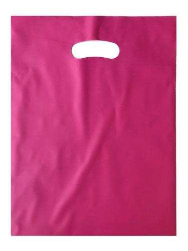 sacola plástica alça vazada 30x40 0,15 c/ 60 unidades