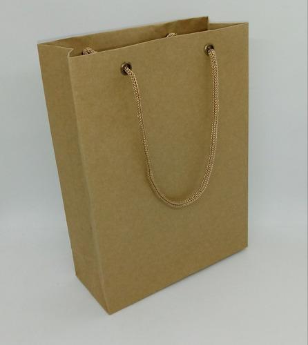 sacolas papel kraft/cores 110gr. 17c x 23 a x 7l c/100 unid.