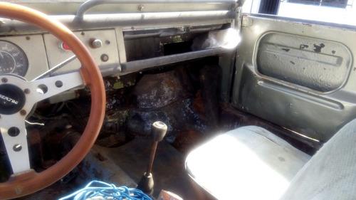 safari modelo 1975 para restauración