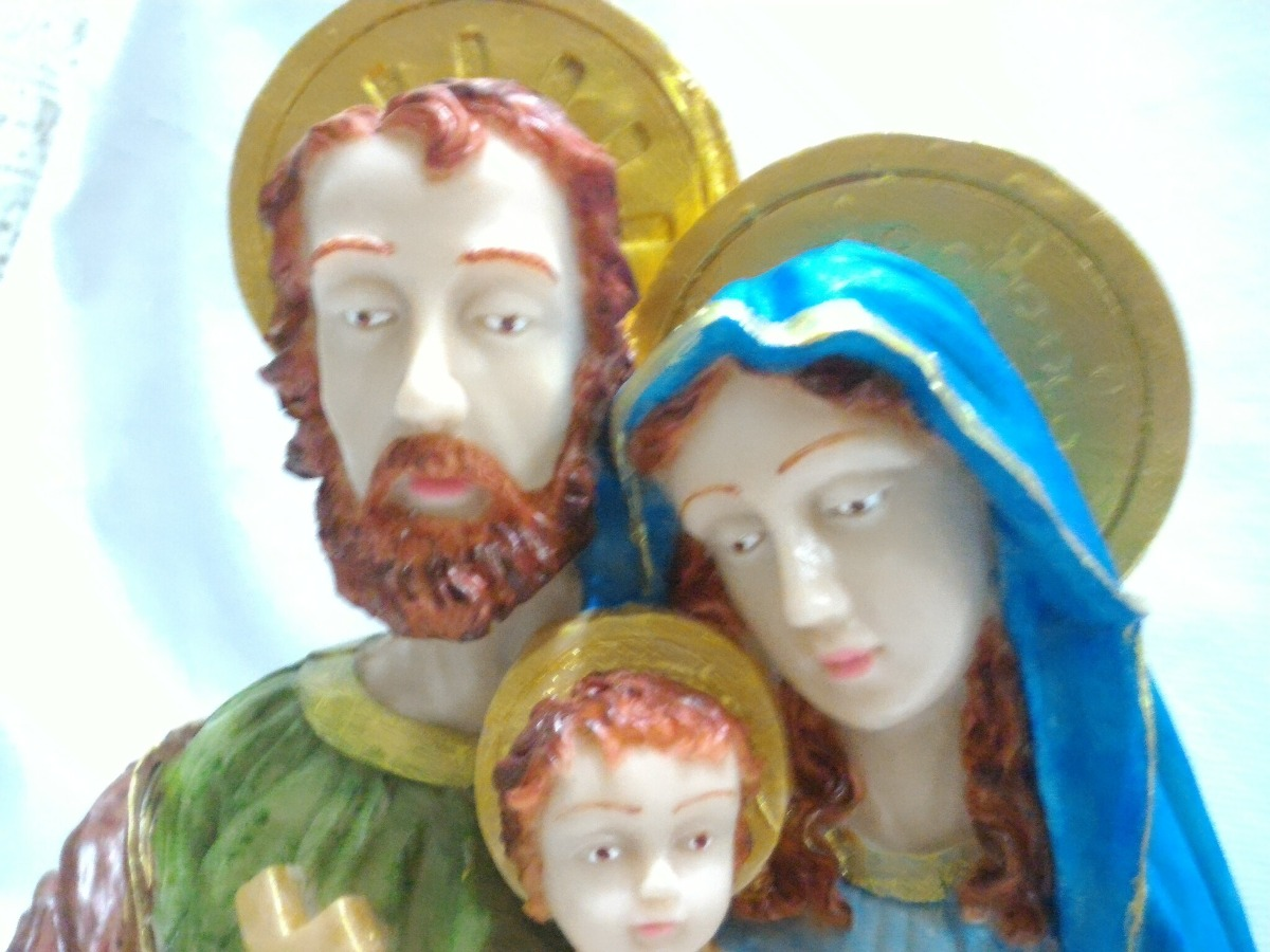 7206bfb36a3 sagrada família busto resina 30 cm católica pintura luxo. Carregando zoom.