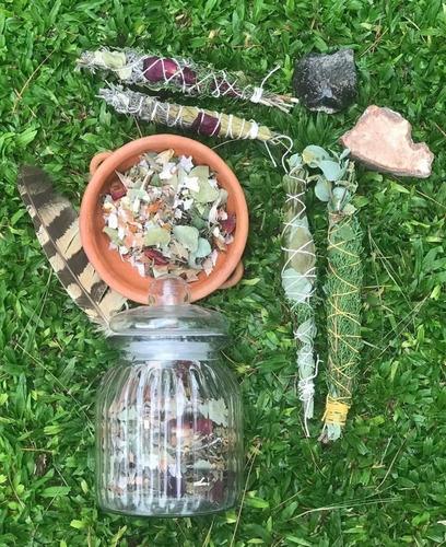 sahumos ancestrales y hierbas para quemar en sahumos