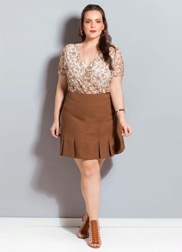06487622f Saia Feminina Plus Size Curta Marrom - R$ 105,00 em Mercado Livre