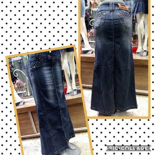 saia jeans longa com detalhe de poá nos bolsos