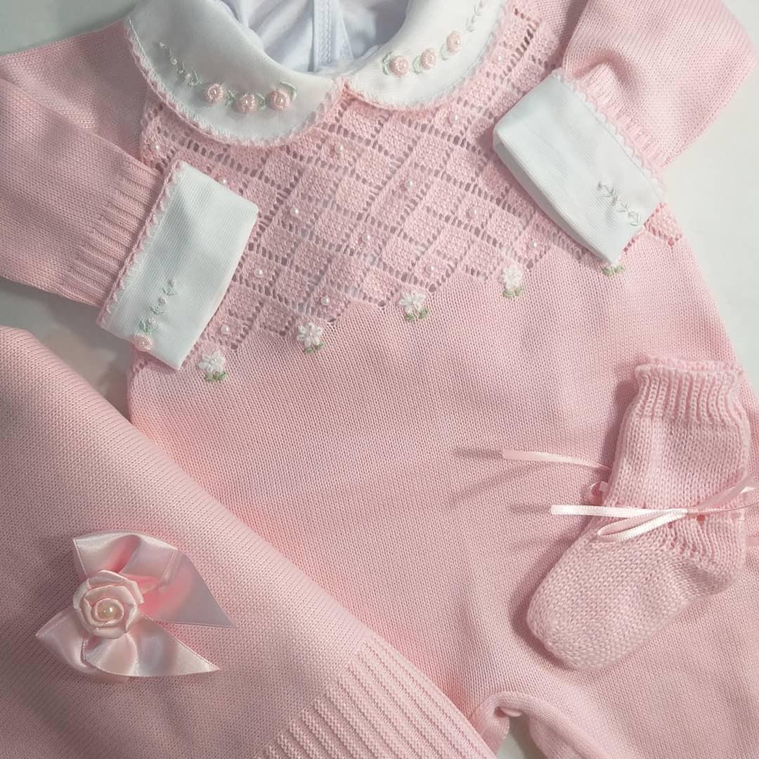 c58f839a72 saida maternidade linha bordados sapatinho laco 4 pçs rosa. Carregando zoom.