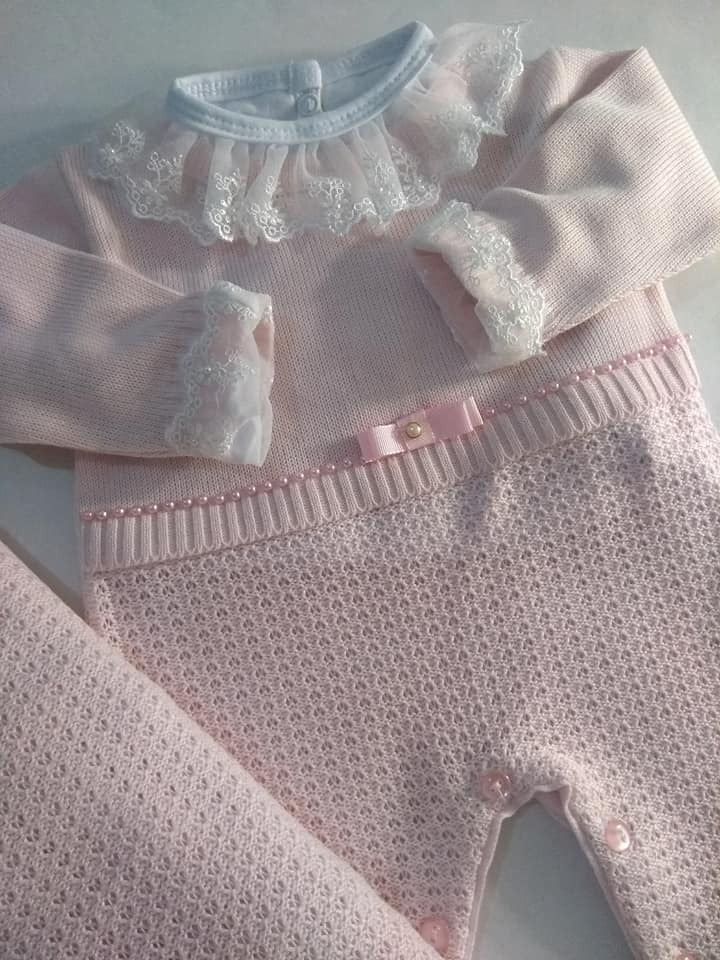 6867f78148 saida maternidade linha perolas + body rosa 3 pçs. Carregando zoom.