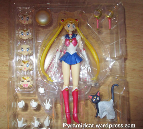 sailor moon bandai versión china