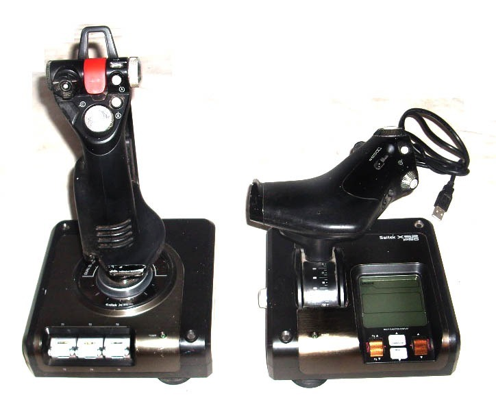 1dd46982049 Saitek Logitech X52 Pro Joystick Doble Hotas Usado - $ 11.900,00 en ...