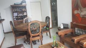 Sala Comedor En Madera Y Forja. Incluye Lámpara Y Mueble Aux