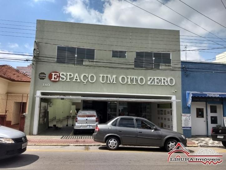 sala comerciais  prox. ao shopping centro espaço 180 jacareí - 4611