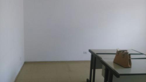 sala comercial bom clima-r$ 600,00-aceita deposito